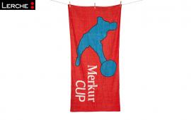 Praktisches Duschtuch mit individuellem Werbemotiv bedruckt für den Merkur Cup